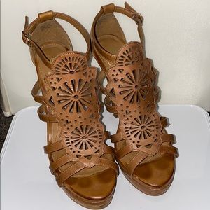 Isola high heeled sandals